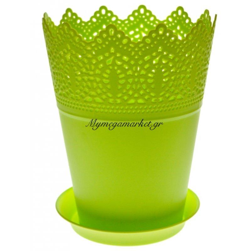 Γλαστράκι με πιάτο σε πράσινο χρώμα